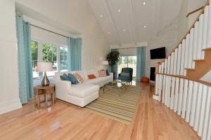 West-Shore-Beach-Club-Summerhill-Homes-090