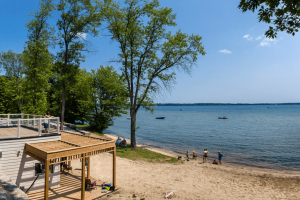 west shore beach club beachfront lake